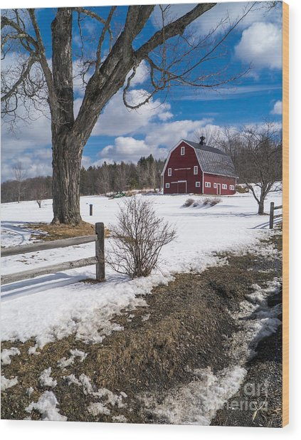 Classic New England Farm Scene Wood Print