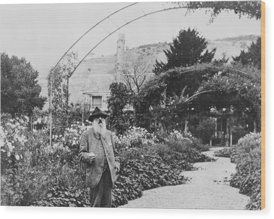 Claude Monet In His Garden At Giverny Wood Print