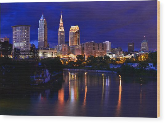 Cleveland At The River's Bend Wood Print