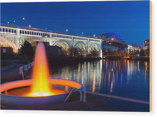 Cleveland Veterans Bridge Fountain Wood Print