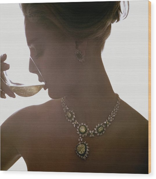 Close Up Of A Young Woman Wearing Jewelry Wood Print by Bert Stern