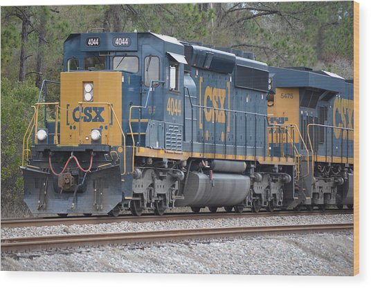 Closeup Of Csx Train Engine 4044 Wood Print