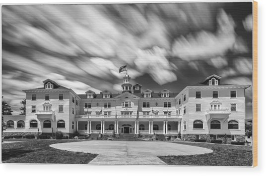 Cloud Painting At The Stanley Hotel Wood Print