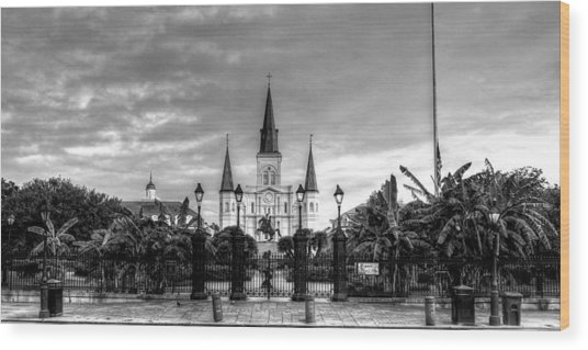 Cloudy Morning At  St. Louis Cathedral In Black And White Wood Print