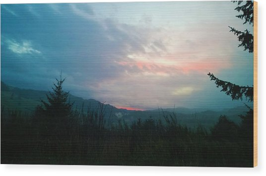 Coastal Mountain Sunrise V Wood Print