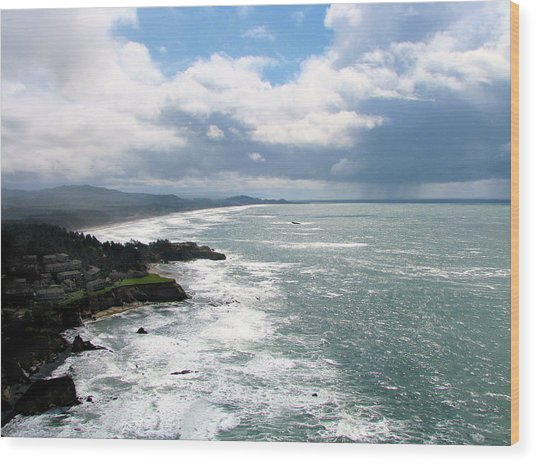 Coastline At Salishan Wood Print