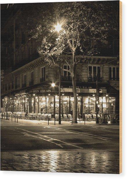 Coffee Shop In Paris Wood Print