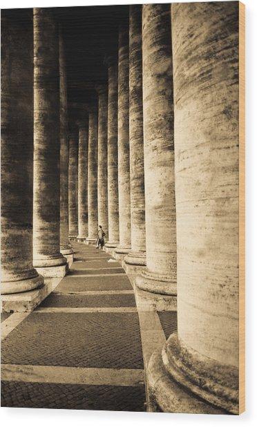 Colonnade In Piazza San Pietro Vatican Wood Print