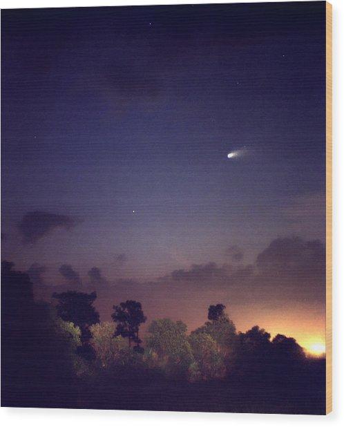 Comet Hale-bopp. Lake Cypress. Wood Print