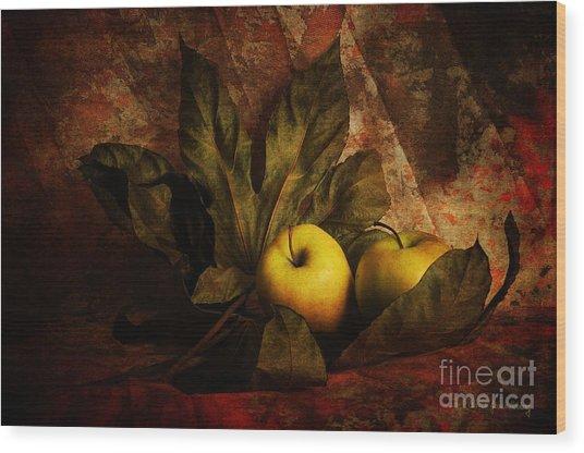 Comfy Apples Wood Print