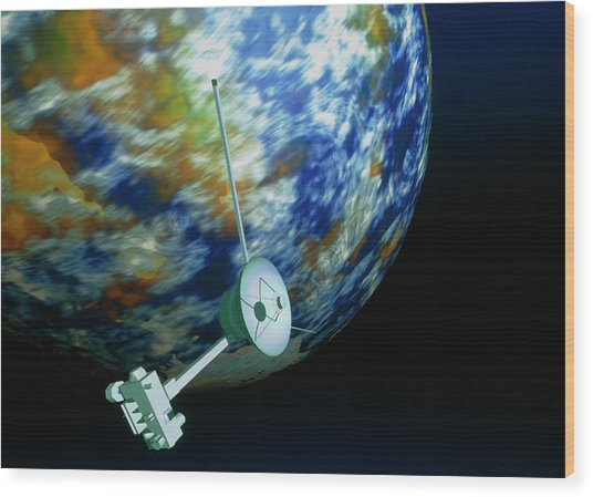 Computer Art Of Voyager Spacecraft Passing Planet Wood Print by Mehau Kulyk/science Photo Library