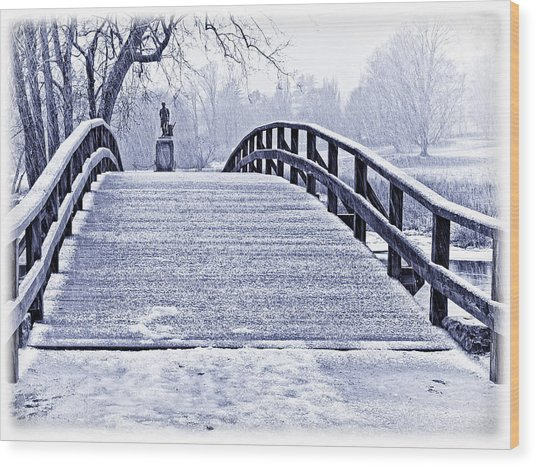 Concord Bridge In Winter Wood Print by Bill Boehm