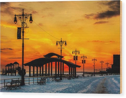 Coney Island Winter Sunset Wood Print