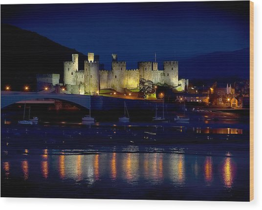 Conwy Castle At Night Wood Print