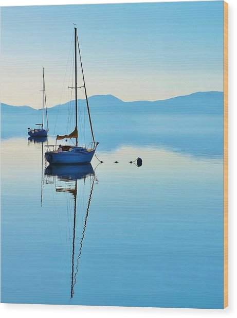 Cool Blue Tahoe Sail Wood Print