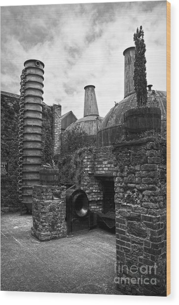 Copper Pot Stills And Column Still At Lockes Distillery Bw Wood Print