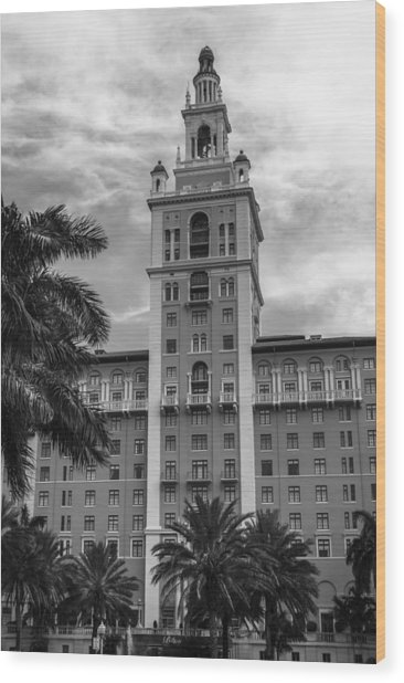 Coral Gables Biltmore Hotel In Black And White Wood Print