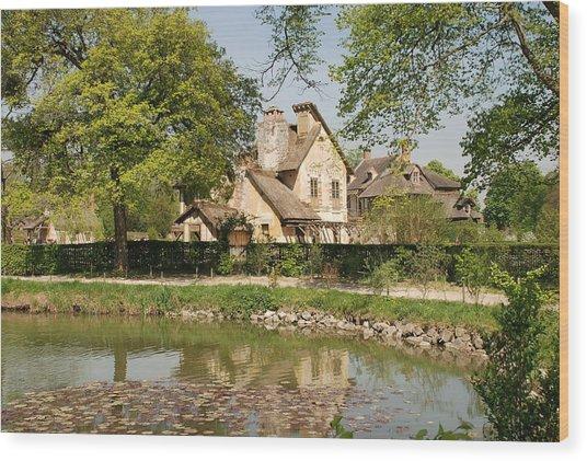 Cottage In The Hameau De La Reine Wood Print