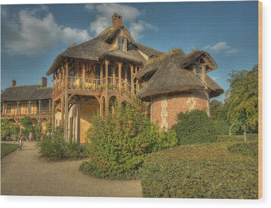 Cottage Versailles Wood Print