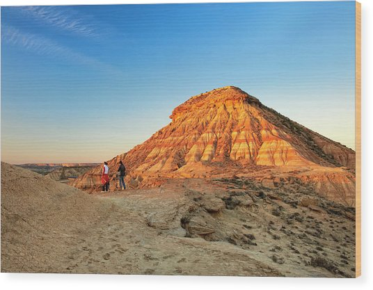 Couple Looking At Desert From Clay Wood Print
