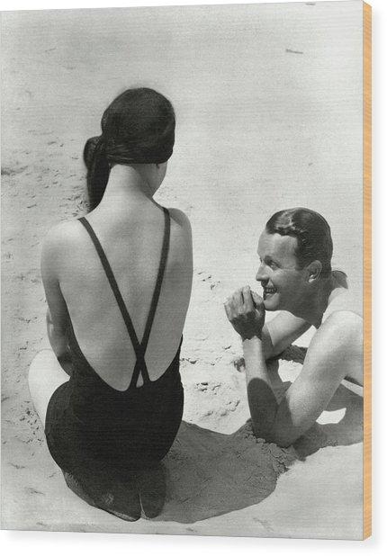 Couple On A Beach Wood Print by George Hoyningen-Huene