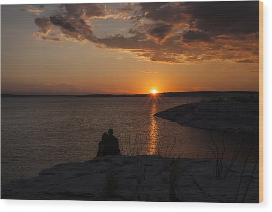 Couple's Sunset In The Desert Wood Print