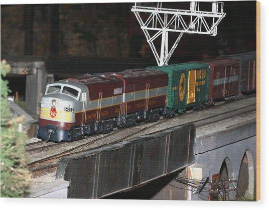 Cp Engine 4023 Wood Print by Hugh McClean