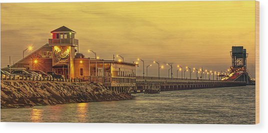 Crab Shack On The James In Amber Glow Wood Print