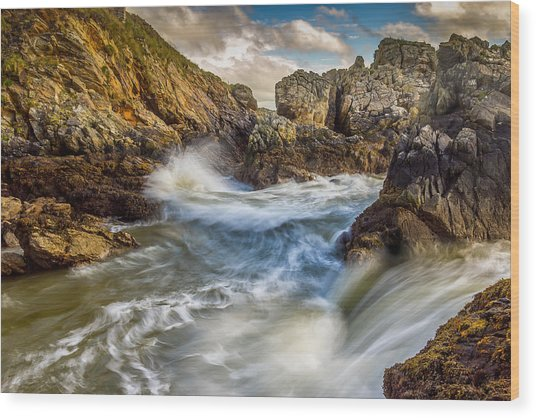 Crashing Waves Wood Print by Kevin Moore