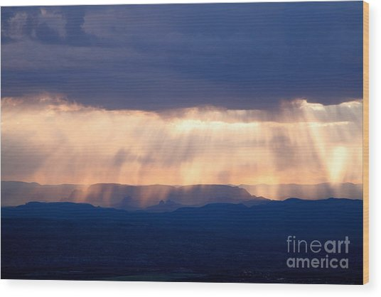Crepuscular Light Rays Just After Sunrise On Sedona Arizona As Seen From Jerome Wood Print