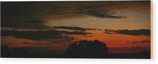 Crescent At Sunset Wood Print
