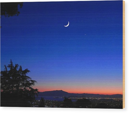 Crescent Moon San Francisco Bay Wood Print