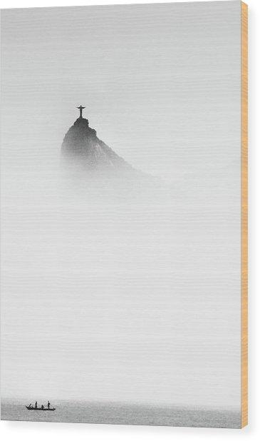 Cristo In The Mist Wood Print