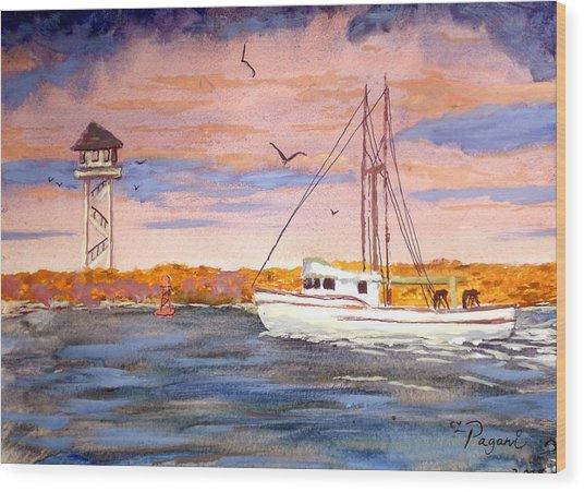Crossing The Tillamook Bay Bar Wood Print