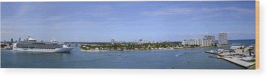 Cruising Fort Lauderdale Wood Print