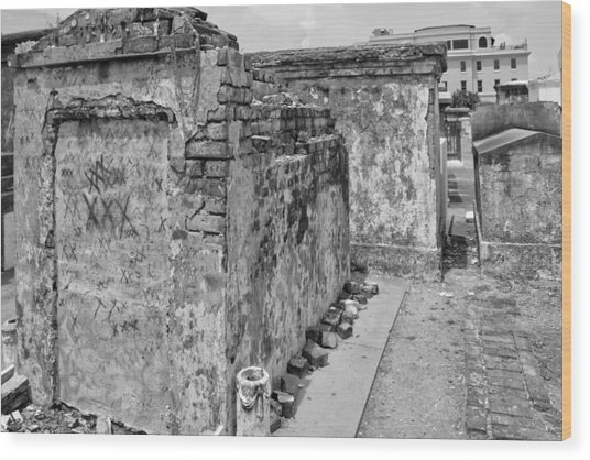 Crumbling Wishes At Saint Louis Cemetery In Black And White Wood Print