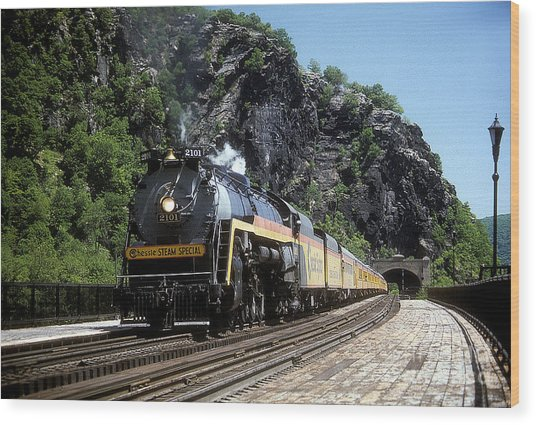 Chessie Steam Special At Harpers Ferry Wood Print