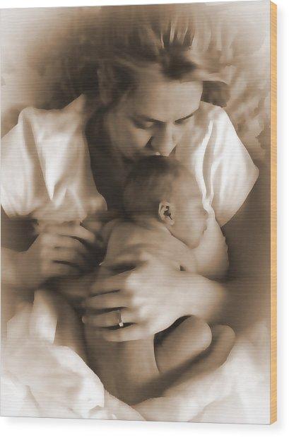 Cuddling With Mom Wood Print