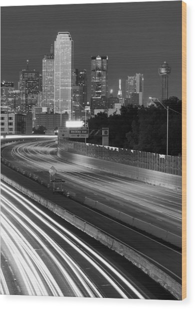 Dallas Arrival Bw Wood Print