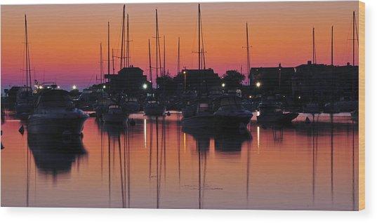 Dawn At Oak Bluffs Wood Print