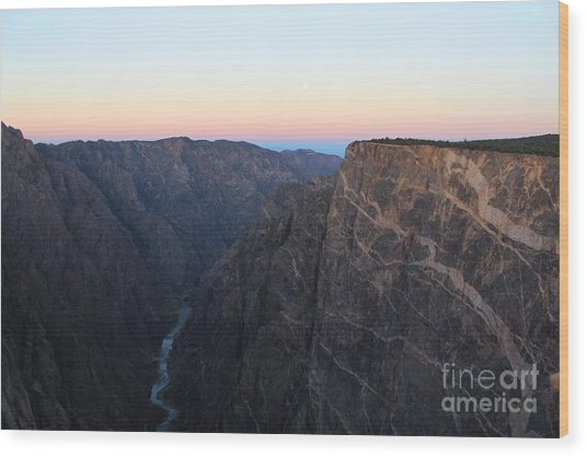 Dawn At The Black Canyon Wood Print