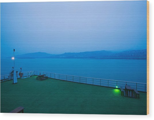 Deck Of The Yangtze River Cruise Ship Wood Print