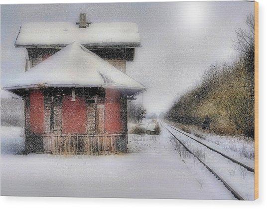 Desolate Depot Wood Print