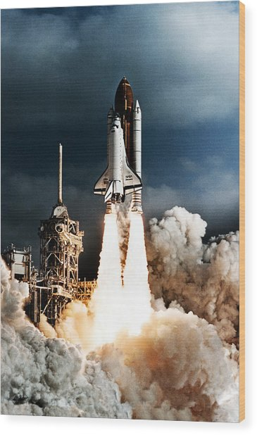 Discovery Hubble Launch Sts-31 Wood Print