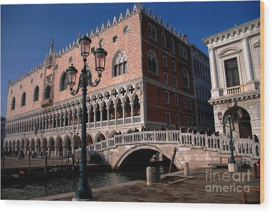 Doges Palace With Bridge Of Sighs Wood Print by Jacqueline M Lewis