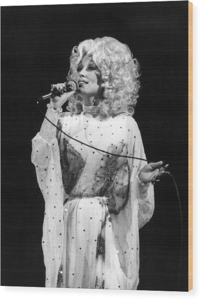 Dolly Pardon Wood Print