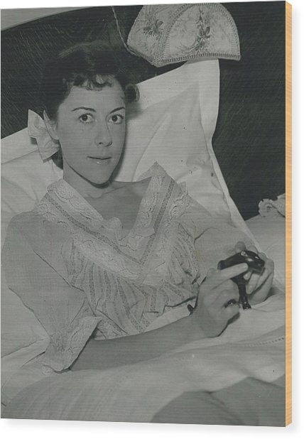 Dorothy Tutin Recovers Prom Her Illness Wood Print by Retro Images Archive