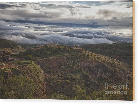 Douglas Mansion With A Sea Of Clouds Wood Print