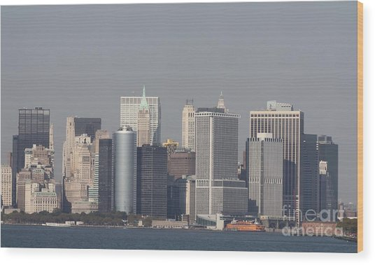 Downtown Manhattan Shot From The Staten Island Ferry Wood Print