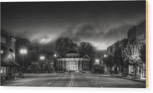 Downtown Murphy Nc In Black And White Wood Print
